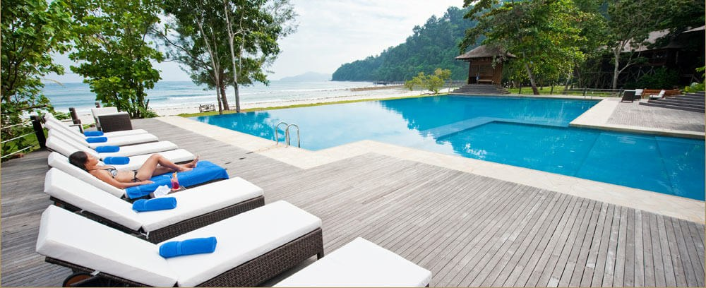 Bunga Raya Island Resort & Spa - Infinity Pool