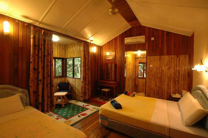 Air Conditioned Chalet - Bilit Adventure Lodge