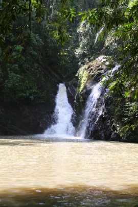 Lipad Waterfall