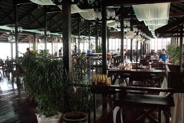 Restaurant area at Kapalai