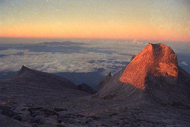 Sunrise on Mt Kinabalu - Lows Peak